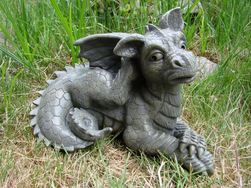 gartendrache kratzt sich am ohr drache figur gargoyle ebay. Black Bedroom Furniture Sets. Home Design Ideas
