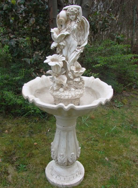 gro er engel mariella brunnen springbrunnen figur neu ebay. Black Bedroom Furniture Sets. Home Design Ideas